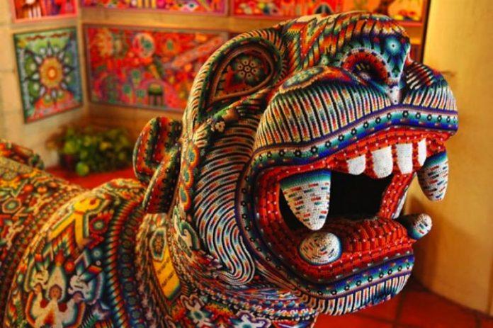 arte-huichol-garante-de-mexicanidad-696x463