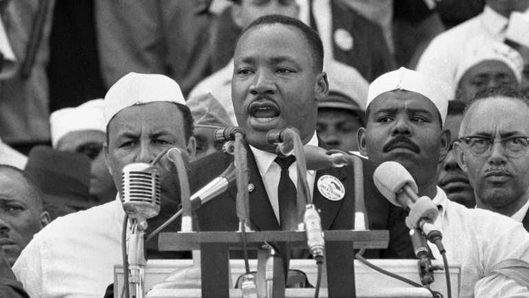 las-7-frases-mas-memorables-de-martin-luther-king-para-recordar-al-activista-3