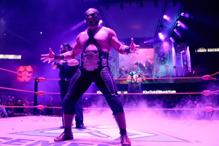 Rey Hechicero campeon NWA Semicompleto