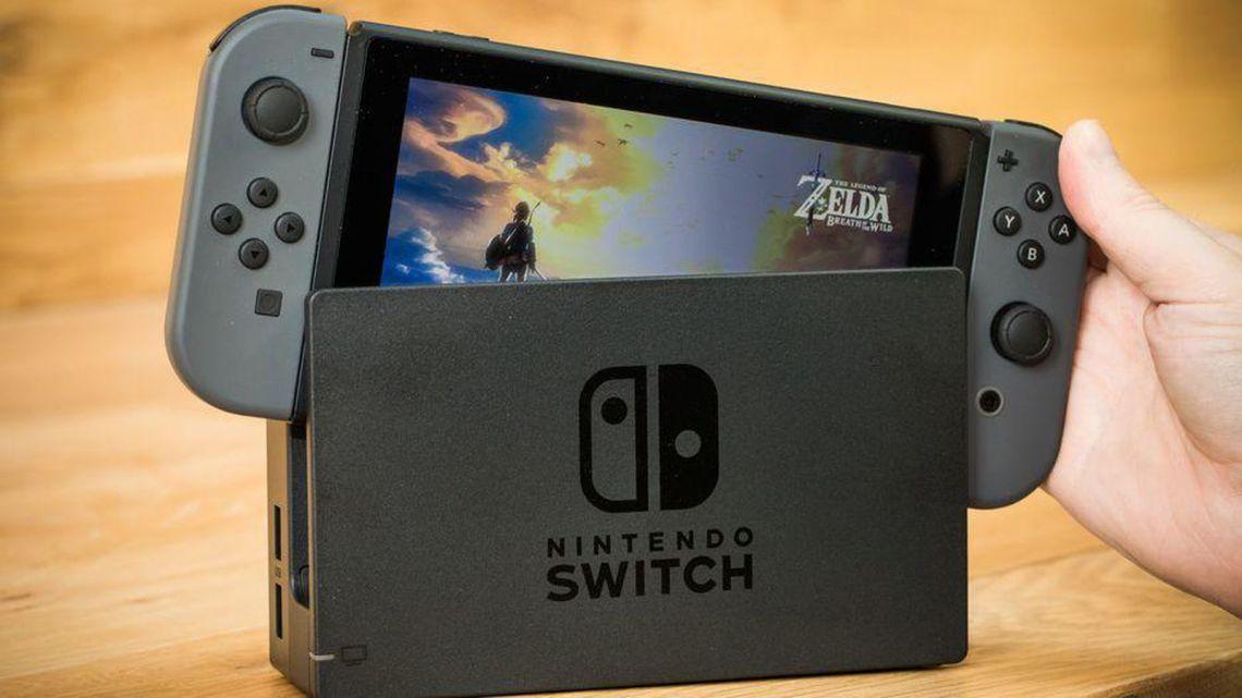 nintendo-switch-console-4923